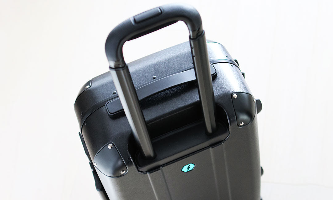 Solgaard suitcase 10 year warranty