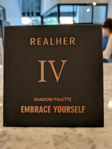 RealHer- Embrace Yourself- Eyeshadow Palette
