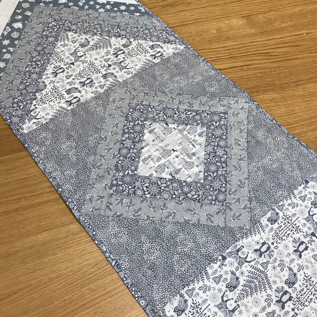 24th November - Quilt As You Go Table Runner - Sunday