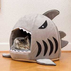 Warm and Soft Shark Cat Bed