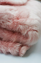 Luxurious Faux Fur Throw Blanket