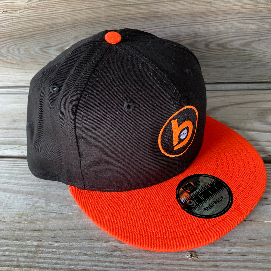 New Era Flat-Brim Snap-Back Circle b logo (Black/Orange)