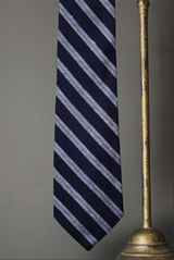 Dobby Stripe Tie in Navy and White