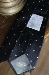 Dobby Dot Tie in Navy