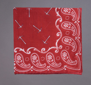 Bandana Print Pocketsquare, Red