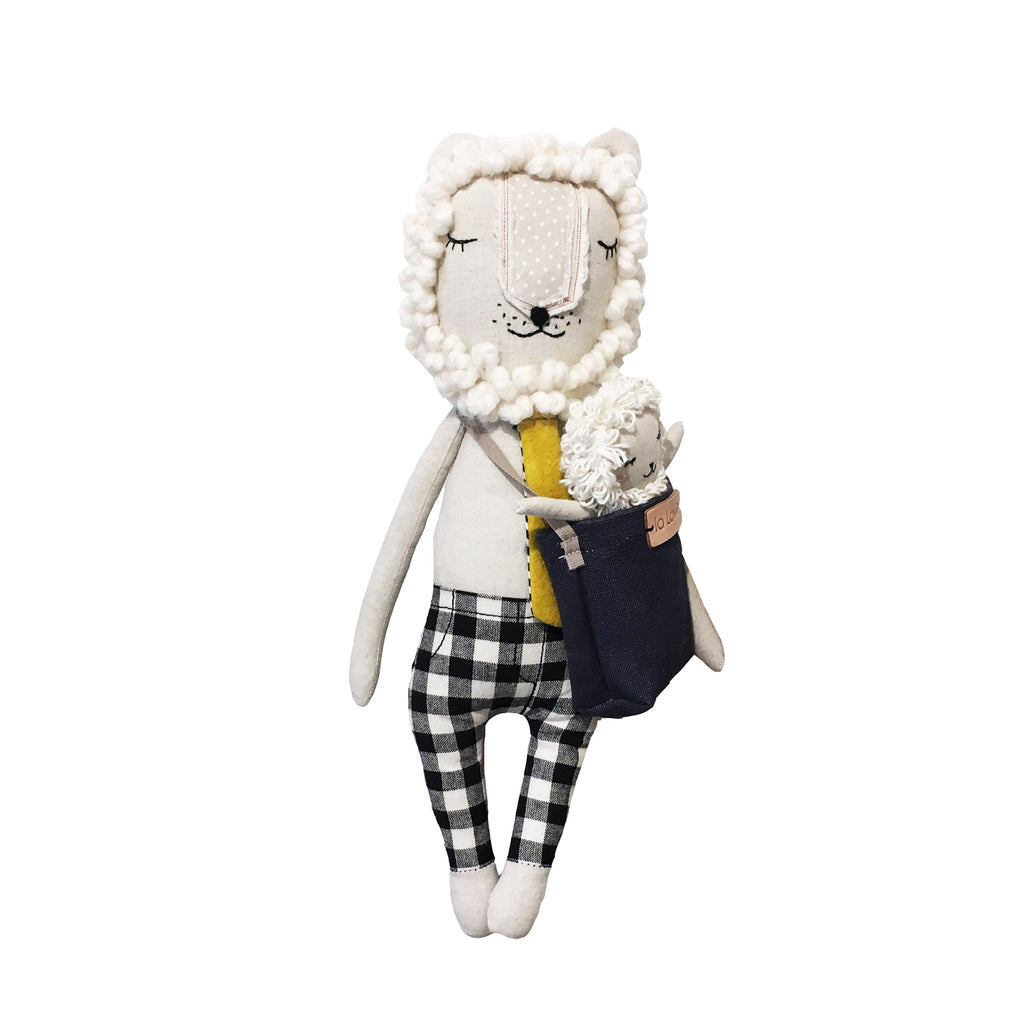 Baby daddy lion rattle handmade poupee doll hochet quebec baby (662813442071)