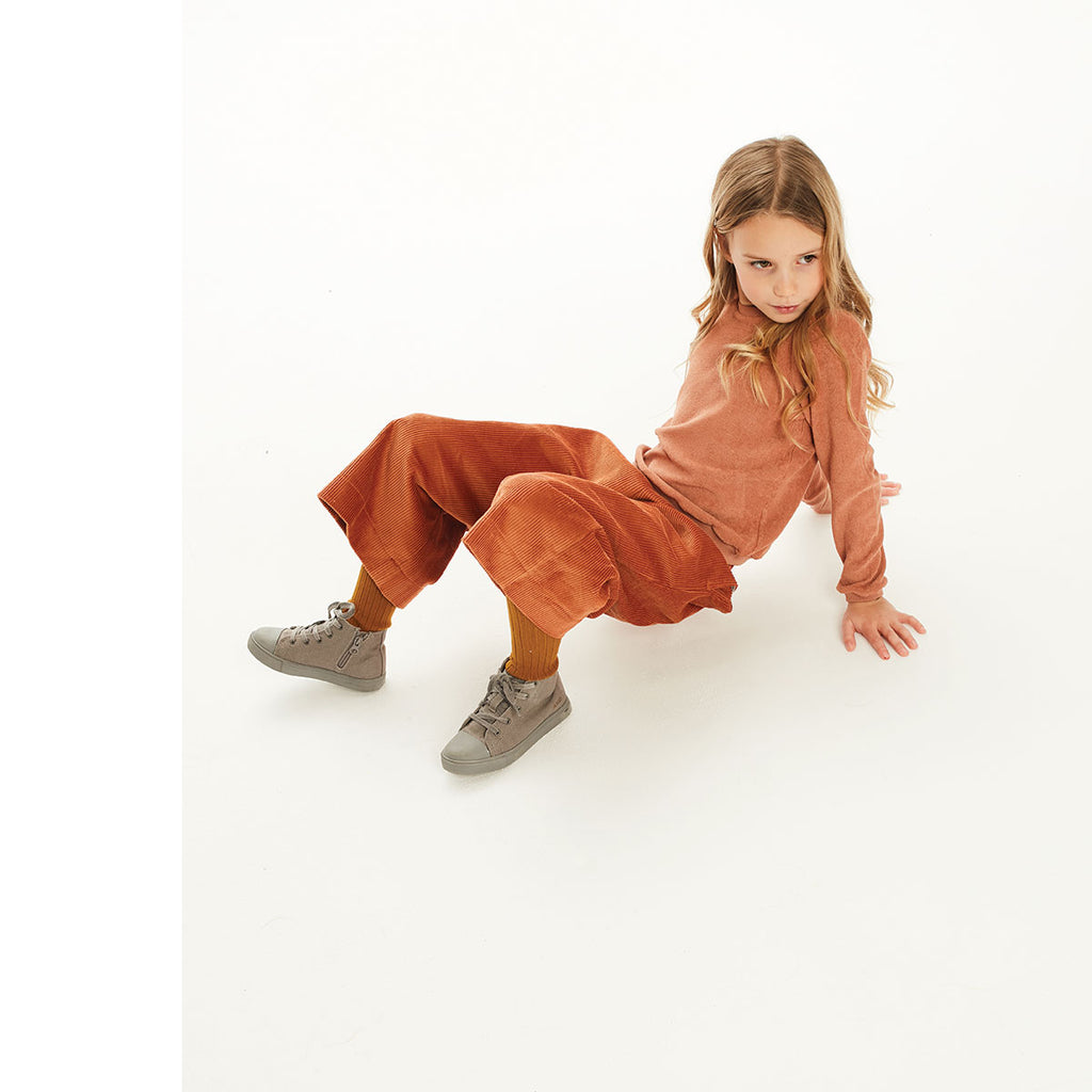 Kidsonthemoon_AW19_hiver_winter_fashion_tendance_mode_kids_enfant_quebec_top_chandail_velour_soft_fox_renard_