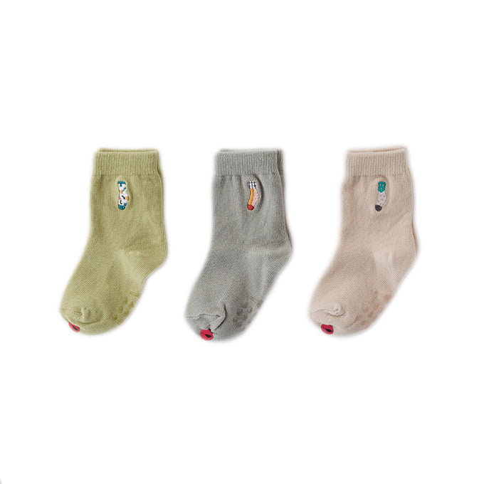 Kokacharm_sock__chaussette_quebec_lesptitsmosus_coolsocks_kidsstore_antiderapant_socks_in_sock_green_beige