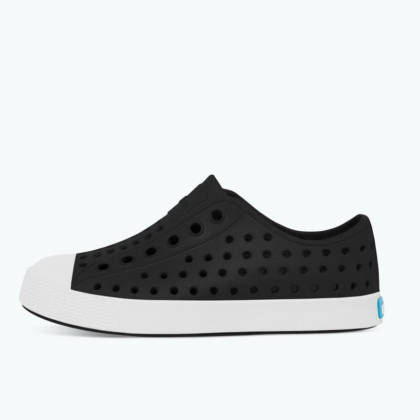 Native_Jefferson_black_noir_chaussure_kids_shoes_enfant_plastique_fashion_canadian