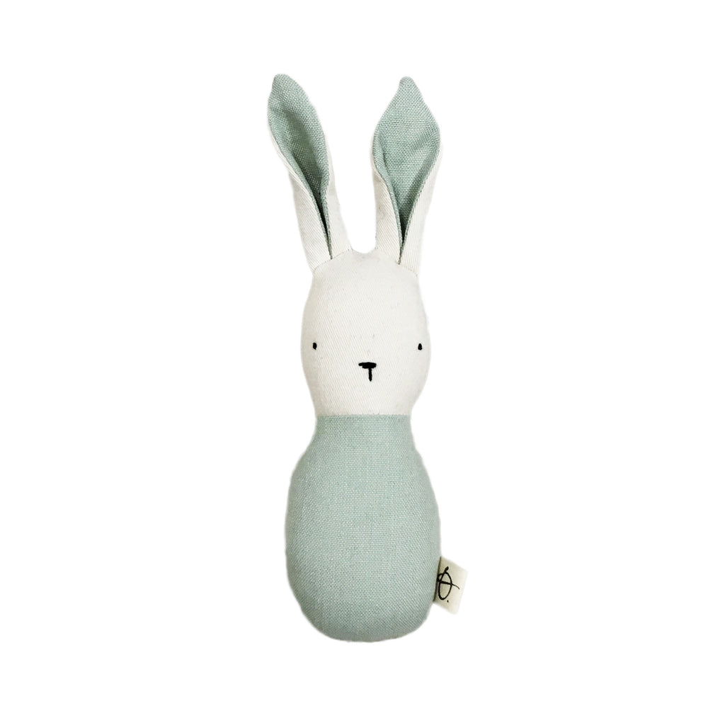 Ouistitine_quebec_madeinquebec_enfant_kidsstore_recycled_wool_laine_handmade_rattle_hochet_lapin_bunny_feuille
