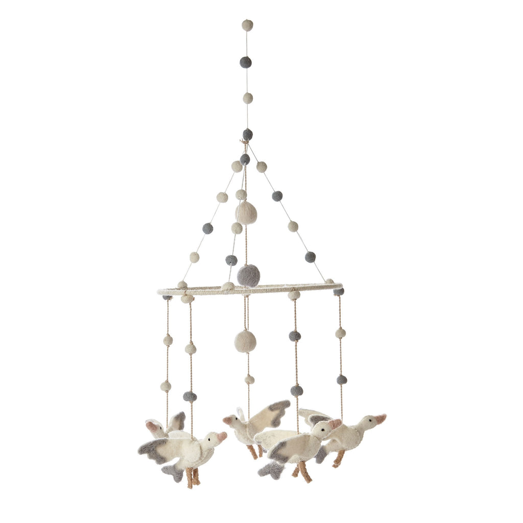 Pehr_design_mobile_babyroom_stork_cigogne_baby_bedroom_quebec_ (1590406414359)