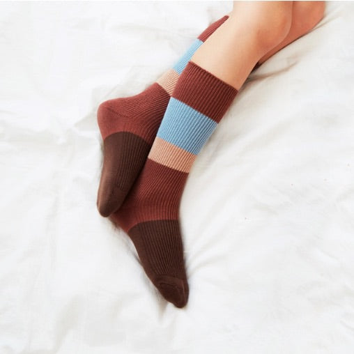 Kokacharm_sock__chaussette_quebec_lesptitsmosus_coolsocks_kidsstore_antiderapant_cold_brew__4 (3959393878039)