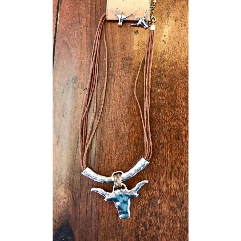 Ride The Bull Necklace Set - Necklaces