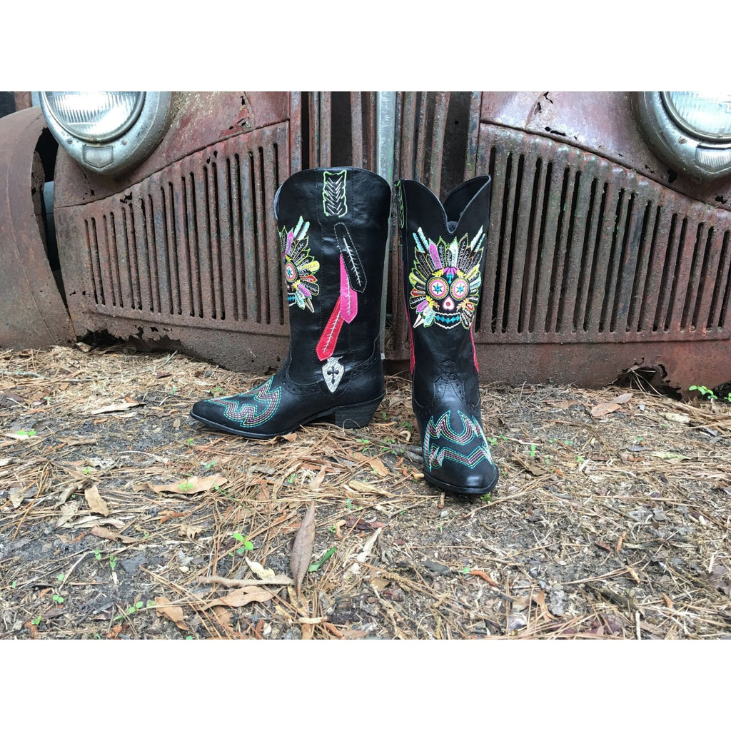 Tribal Feathers Western Boots - 8