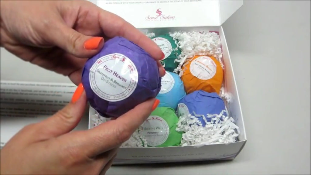 Unboxing & Demo: 7 Marvelous Bath Bombs Gift Set by Mama Mittens