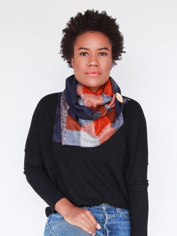The Wrap Around Scarf – Toasty Sunset