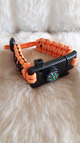 SURVIVAL PARACORD BRACELET W/KNIFE-ADJUSTABLE