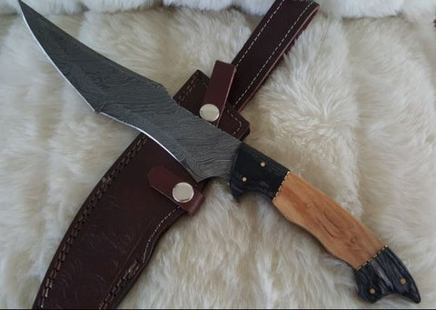 "HAND FORGED DAMASCUS STEEL ""CROC HUNTER"" FULL TANG HUNTING KNIFE/SHEATH"