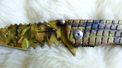 ALLIGATOR TOOTH Camo Pocket Knife-New
