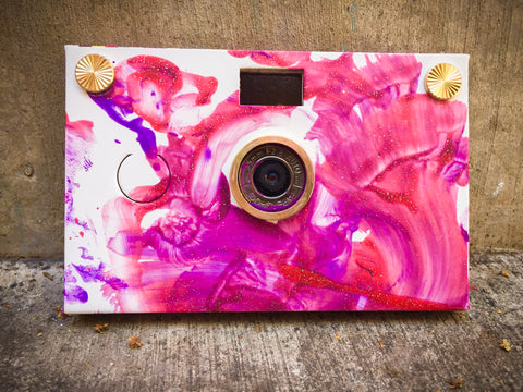 PaperCam paper digital camera in Little Painter allows you to create your own camera case.