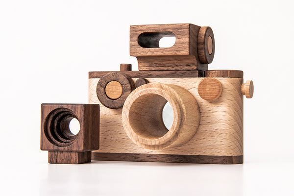 NEW 35MM Vintage Style Wooden Toy Camera + Original Sensory Flash ($68 Value)