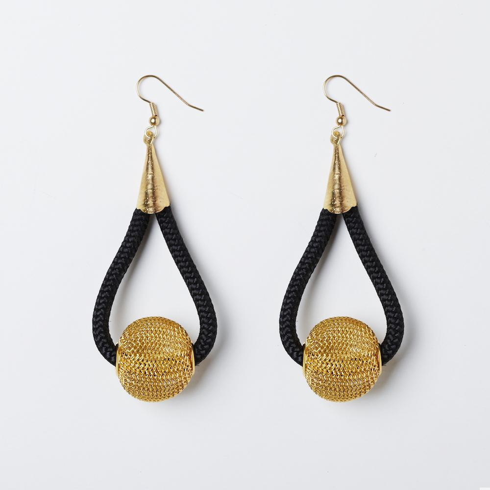CURVED BALL EARRINGS by Pichulik at SARZA. curved ball, earring, Earrings, jewellery, jewelry, PI-EAR-CUR-BAL, PICHULIK, PICSS03s