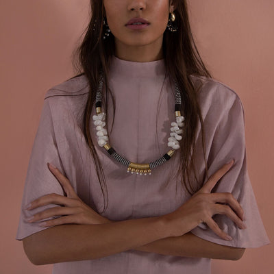 BANCUSI ENDLESS COLUMN by Pichulik at SARZA. bancusi, bancussi, beaded column, endless, jewellery, jewelry, necklace, necklaces, pichulik