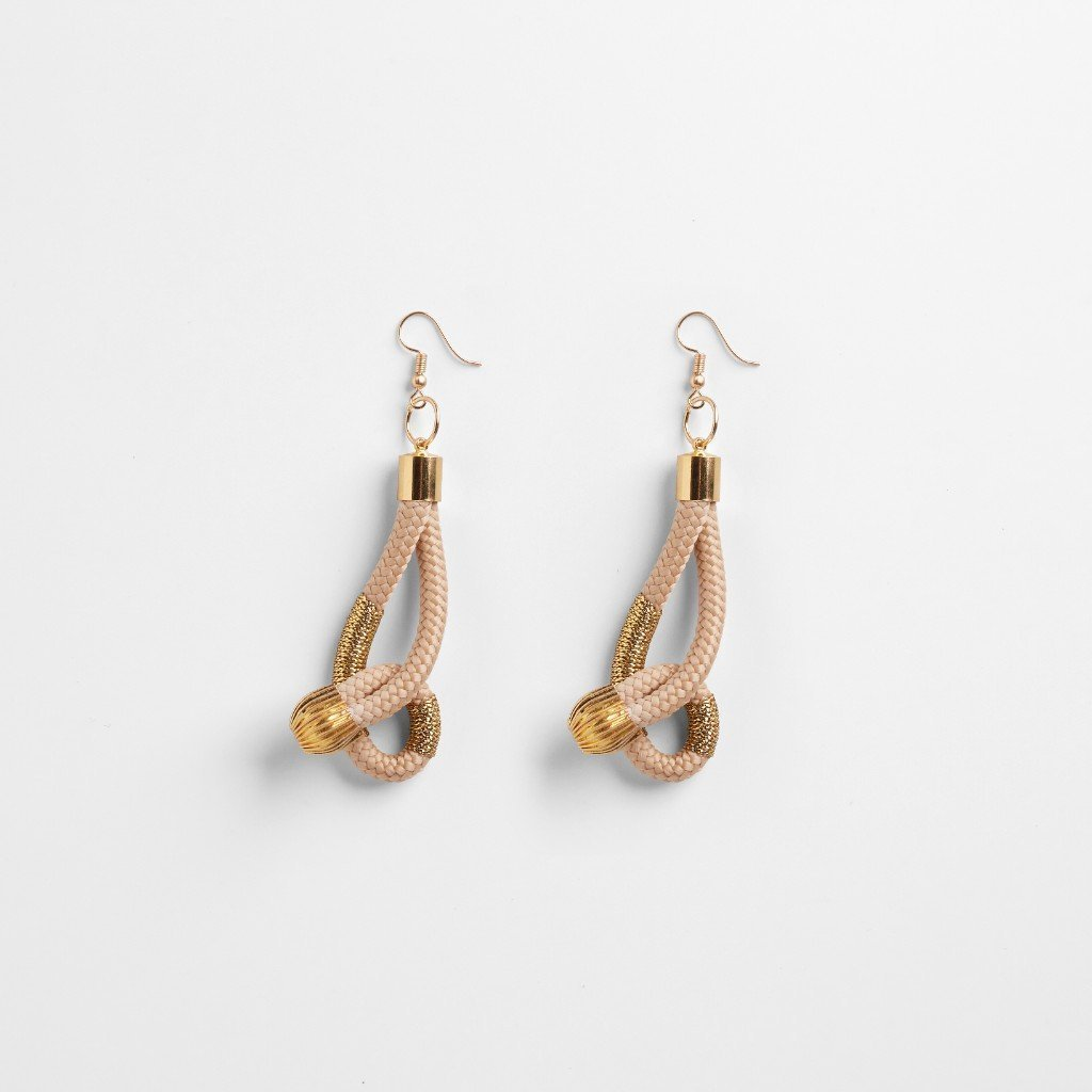 BEIGE TWIST EARRING - JEWELRY BY PICHULIK. This comforting yet dependable PICHULIK piece reflects the flexibility and calming nature of the Bold Women wearing it.