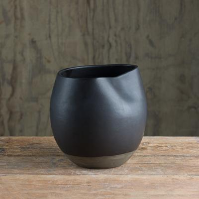 Collpased%20vase%20grey%20clay-coal.jpg