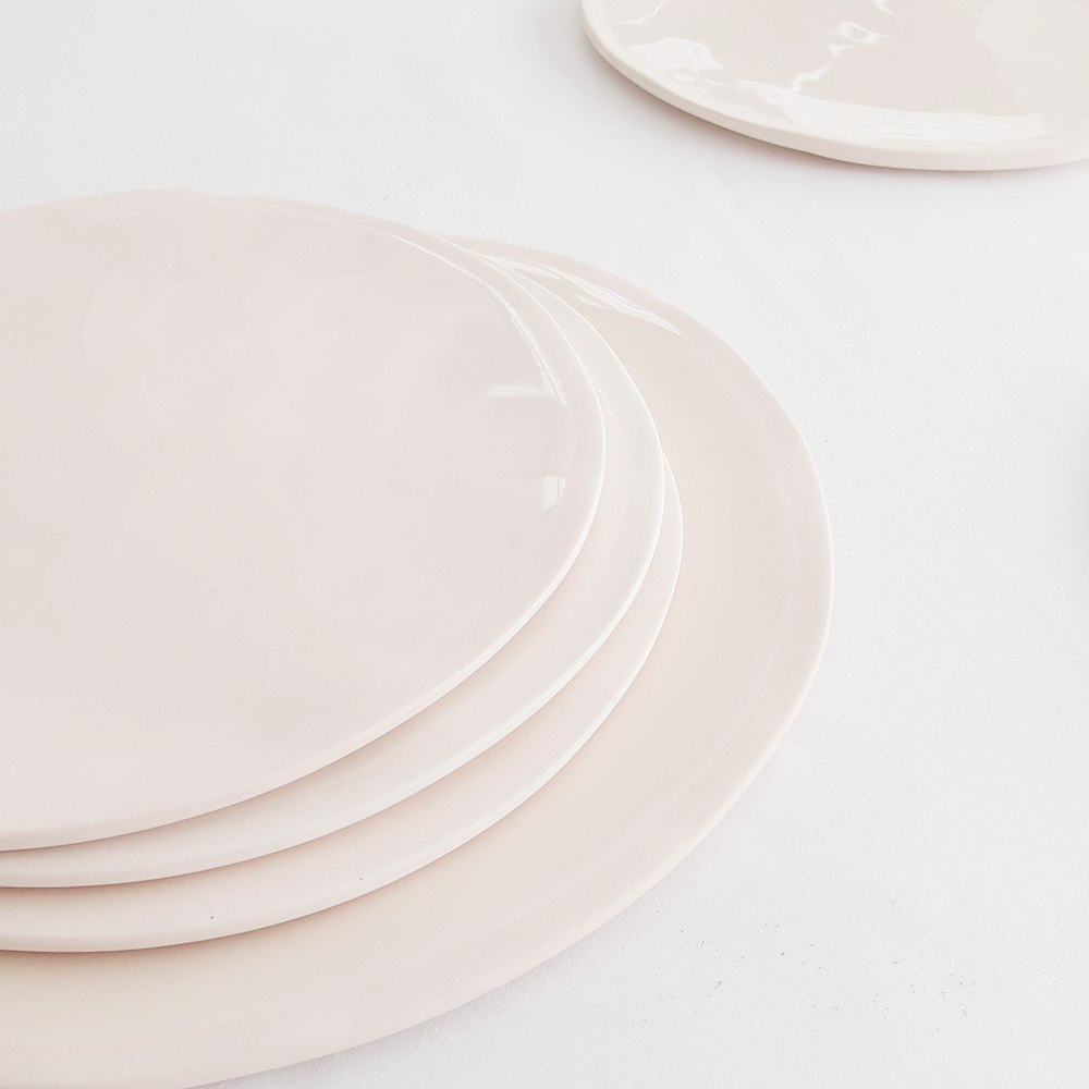 EVERY DAY RANGE PINK CERAMIC PLATE by Klomp Ceramics at SARZA. ceramics, everyday range, KLOMP, pink, plate, PLATES, tableware