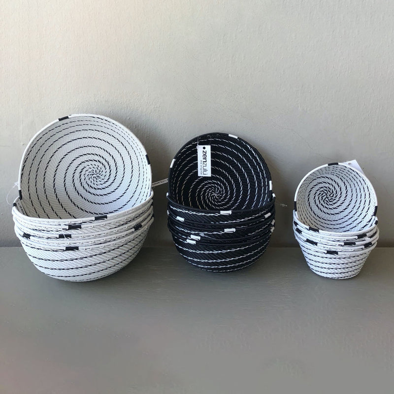 AFRICAN WIRE DECORATIVE JAHENI BOWL - BLACK | WHITE by Zenzulu at SARZA. African wire decorative bowls, Bowls, decor, decorative, homeware, Jaheni bowls, telephone wire, Zenzulu