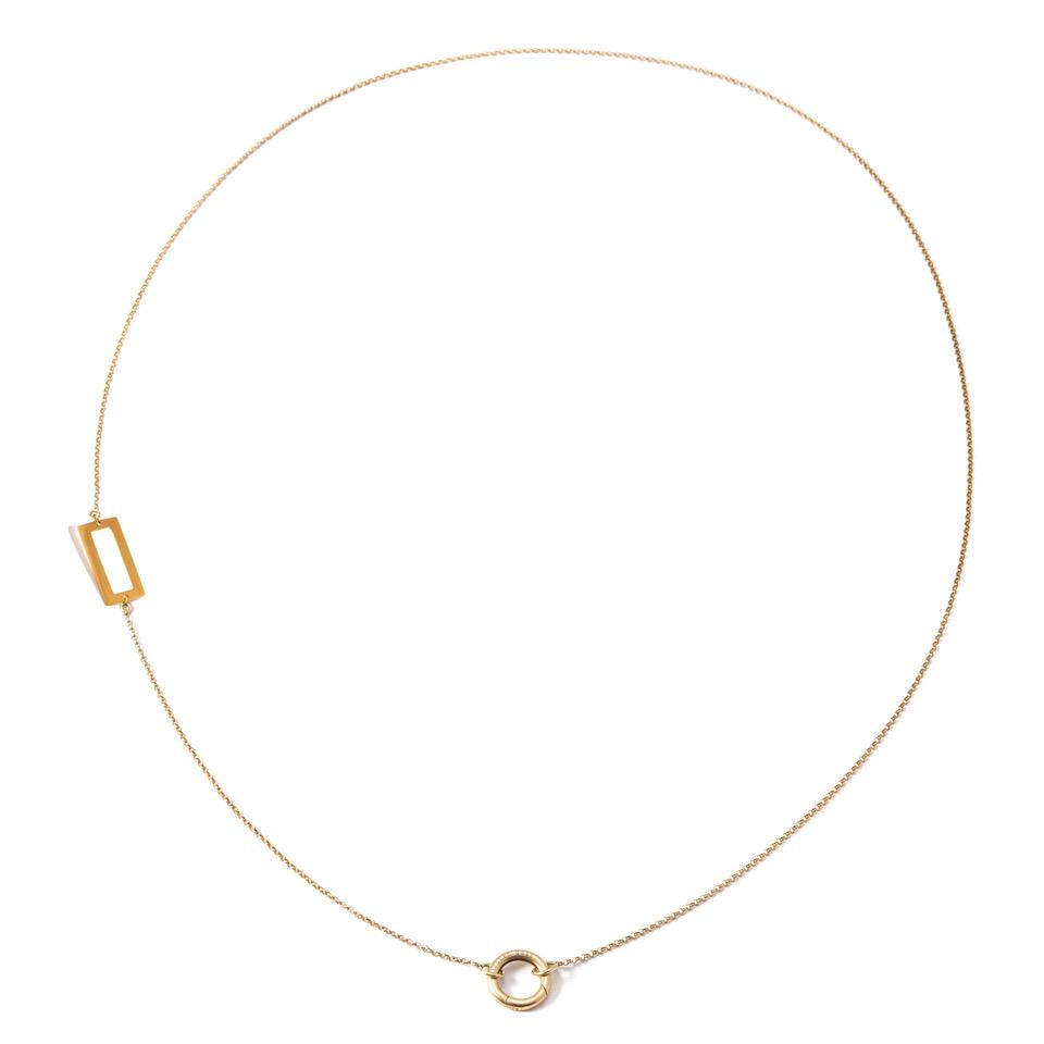 REFINED MEDLEY RECTANGLE NECKLACE BY KIRSTEN GOSS JEWELRY. A long, delicate chain with a signature 'lifesaver' clasp for the addition of pendants of your choice. Beautifully handmade in 18kt yellow gold vermeil.