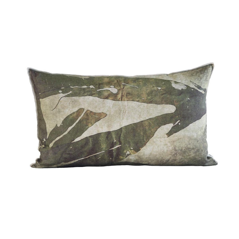 EVOLUTION PRODUCT NEW YORK USA NEMASTOMA THROW PILLOW