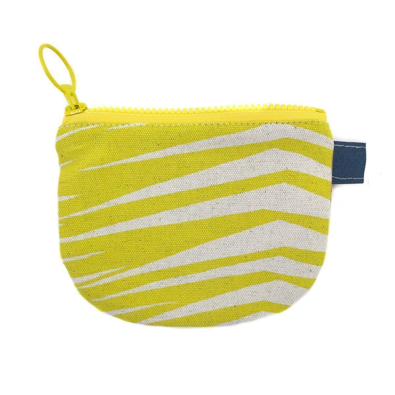 FRONDS CHANGE PURSE by SKINNY LAMINX. A great little wallet or handy compartment for lipsticks and other bits & bobs. Lined with a pop of complementary colour and closes with a coordinating chunky YKK zip.