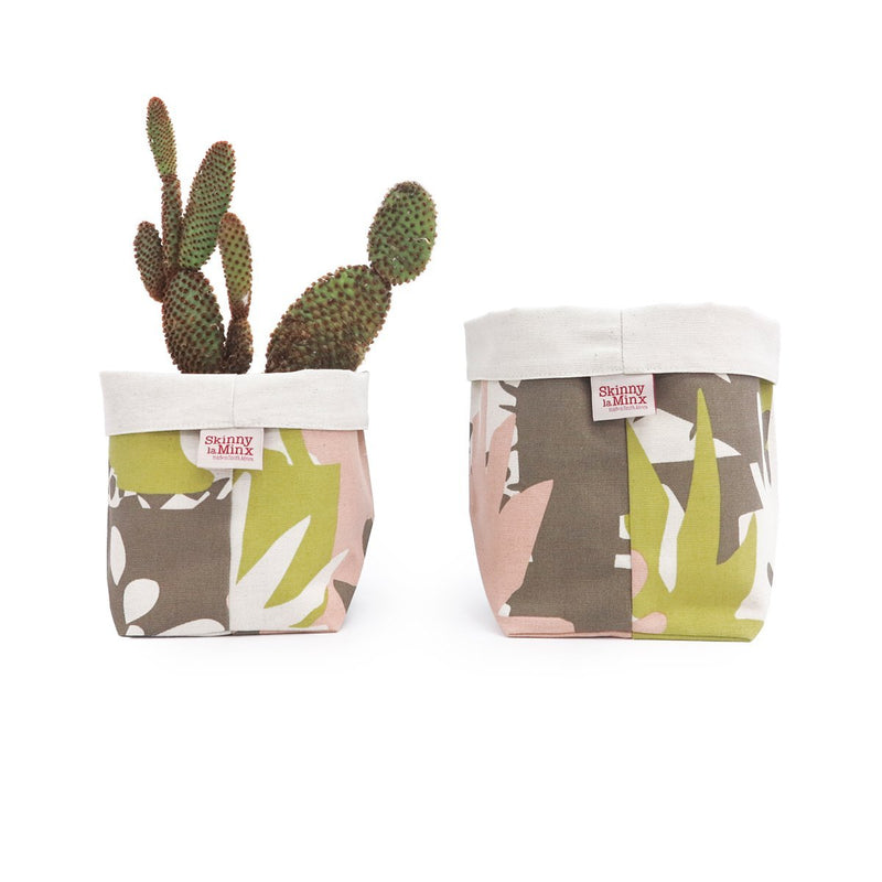 ROOF GARDEN SOFT BUCKET by Skinny LaMinx at SARZA. planters, roof top garden, Skinny laMinx, soft bucket, storage, STORAGE BASKETS