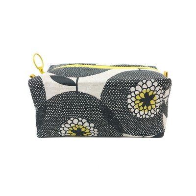 FLOWER FIELDS TRAVEL BAG by Skinny laMinx at SARZA. flower fields, Skinny laMinx, travel bags