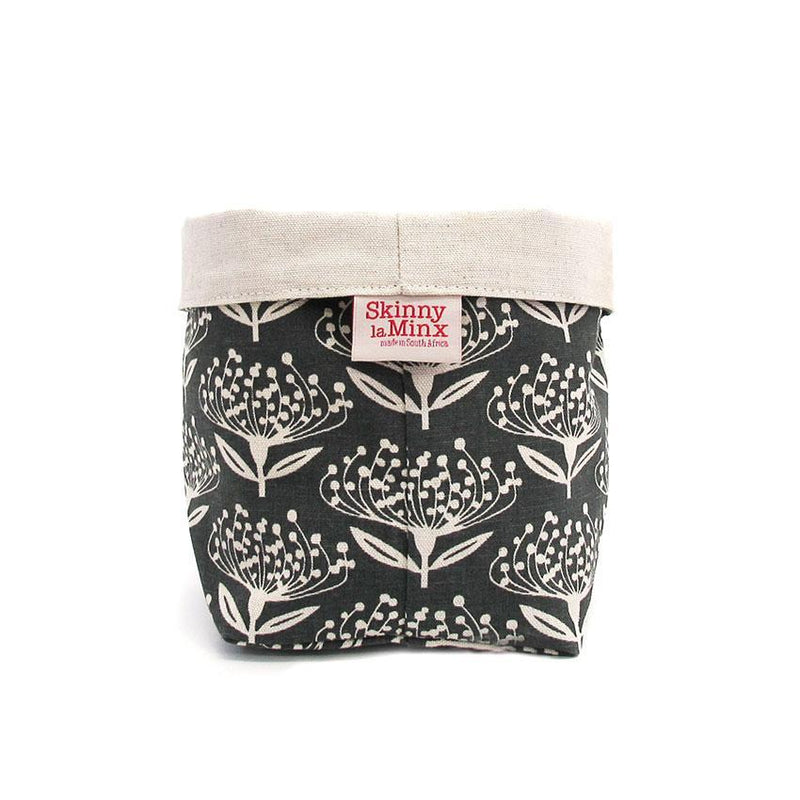 SKINNY LAMINX USA NEW YORK PINCUSHION SOFT BUCKET