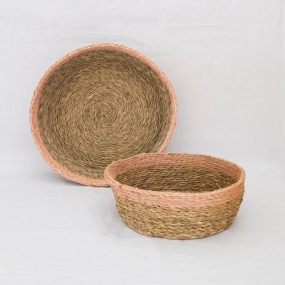 LARGE GRASS BREAD BASKET WITH TRIM COLOR by Gone Rural at SARZA. baskets, bread basket, Gone Rural, grass, round, tableware
