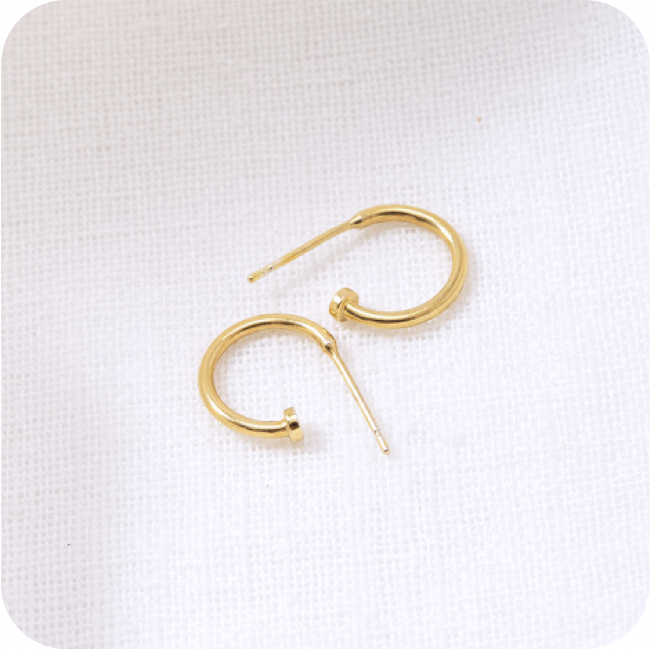 HUGGIE HOOP EARRING by Kirsten Goss at SARZA. earrings, Huggie Hoop, Huggies, jewellery, jewelry, Kirsten goss
