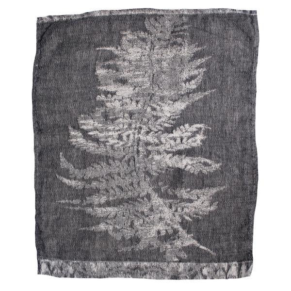 EVOLUTION PRODUCT USA NEW YORK FERN 8 JAQUARDED GUEST TOWEL
