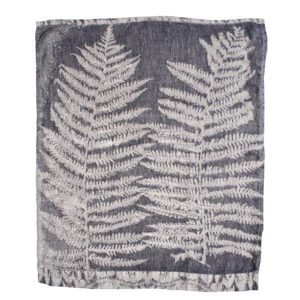 EVOLUTION PRODUCT USA NEW YORK FERN 9 JAQUARDED GUEST TOWEL