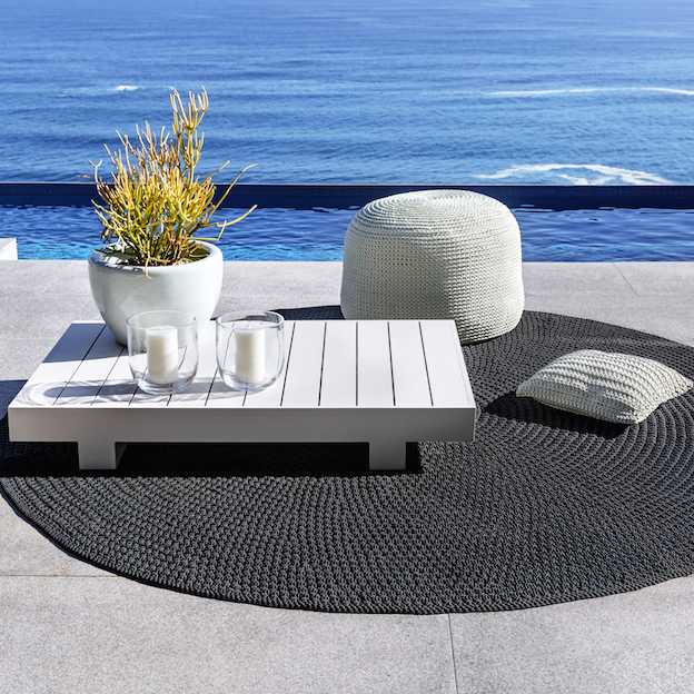 ROBALA CUSTOM MADE ROUND RUG BY FIBRE DESIGNS. The Verandah Collection rugs are hard-wearing, elegant & luxurious, suitable for an indoor or outdoor setting & easy to maintain.