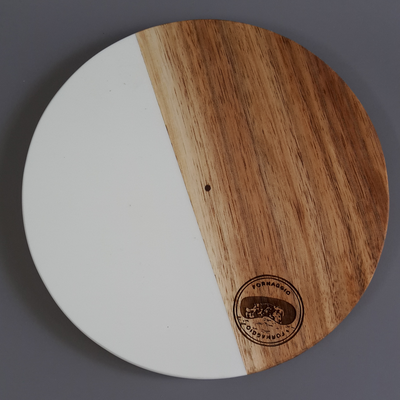 WHITE GIBBOUS BOARD by Coco Africa at SARZA. board, Coco Africa, gibbous, round, serving boards, tableware, wooden, wooden boards