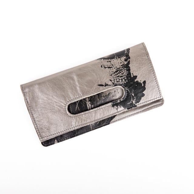 AFRICAN QUEEN SILVER CLUTCH BAG