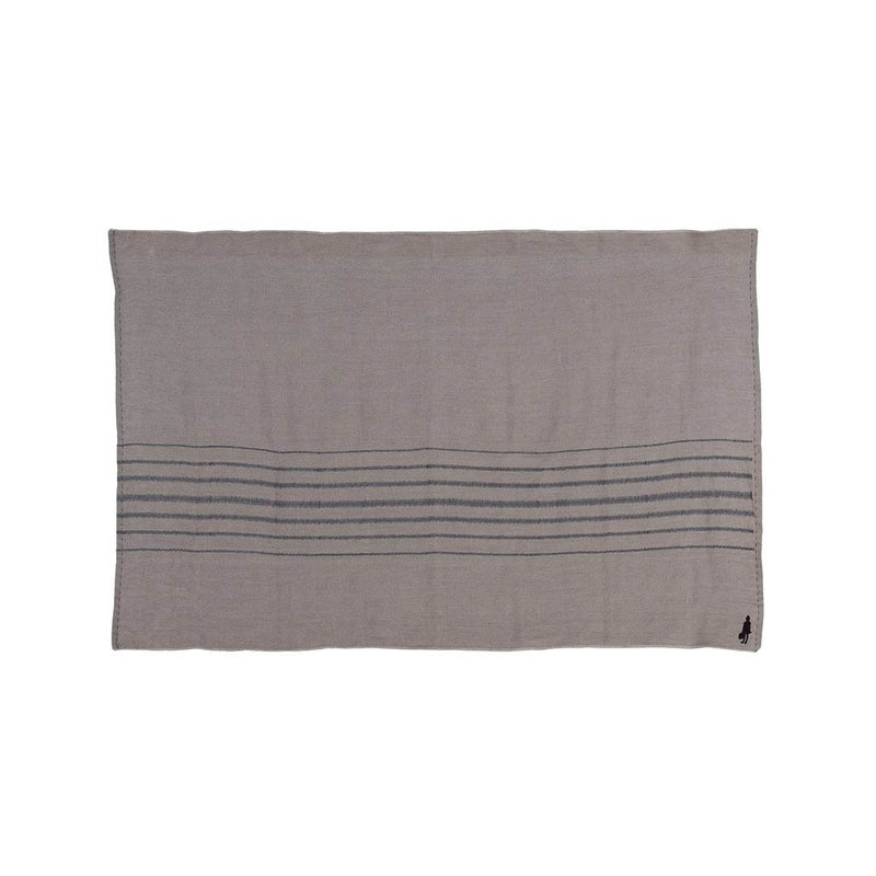 EVOLUTION PRODUCT USA NEW YORK STRIPE THROW CHARCOAL ON STONE, PLAIN