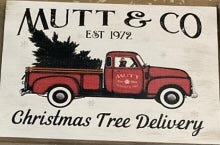 Mutt & Co Christmas Tree Delivery