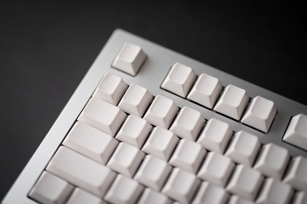 Norbatouch: a custom housing for Cooler Master TKL boards (round π)