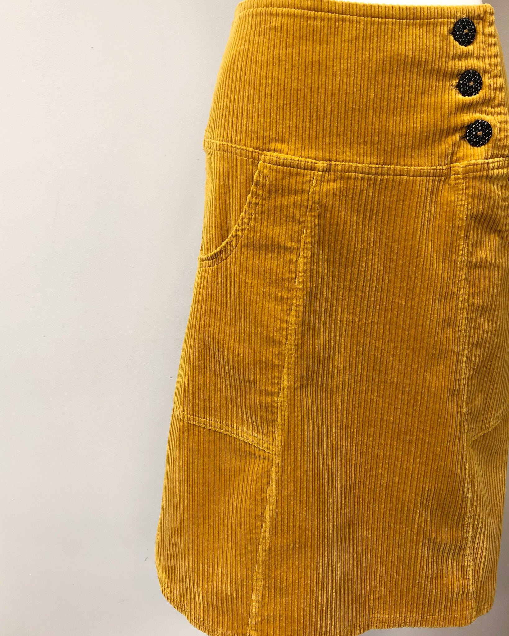 Bella Pocket {CORDUROY}