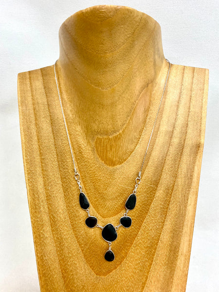 Atemba {6 STONE NECKLACE}