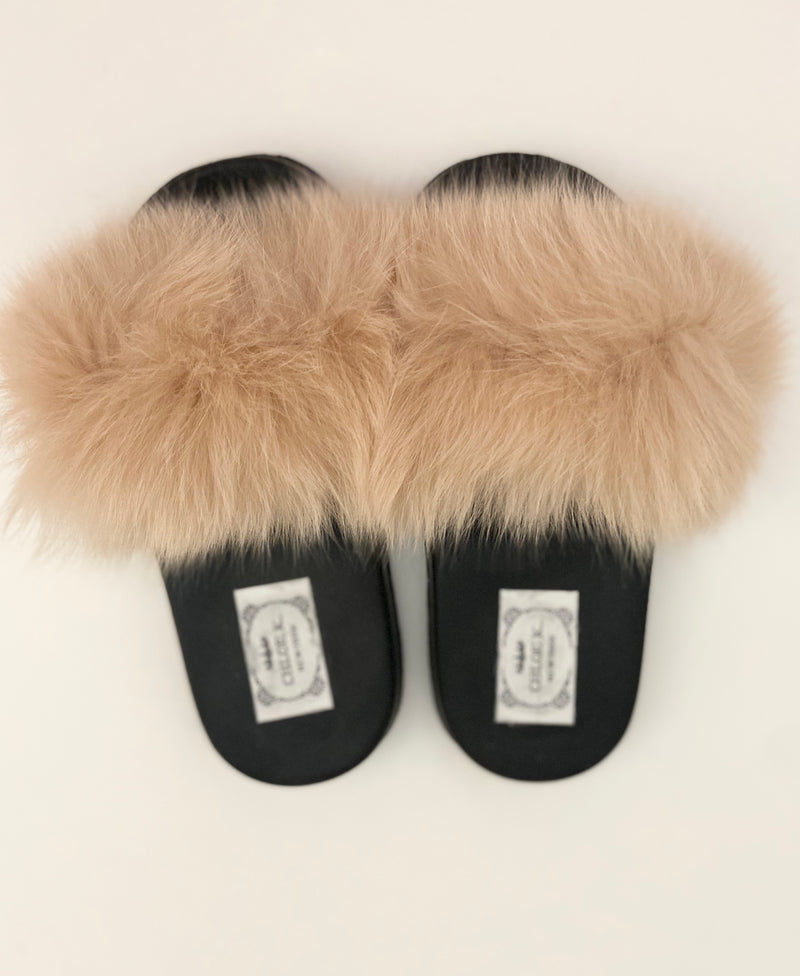 CHLOE K Fur Slippers Beige
